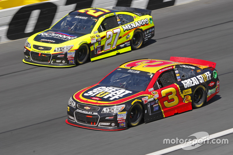 Paul Menard, Richard Childress Racing Chevrolet and Austin Dillon, Richard Childress Racing Chevrolet