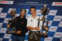 2. der Gesamtwertung: Javier Fores, mit IDM-Champion 2015 Markus Reiterberger