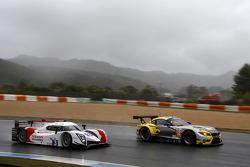#52 BMW Team Marc VDS BMW Z4: Andy Priaulx, Henry Hassid, Jesse Krohn, #3 Team LNT Ginetta - Nissan: Chris Hoy, Charlie Robertson
