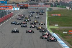Гонка 1 Старт:Фелікс Розенквіст, Prema Powerteam Dallara Mercedes-Benz