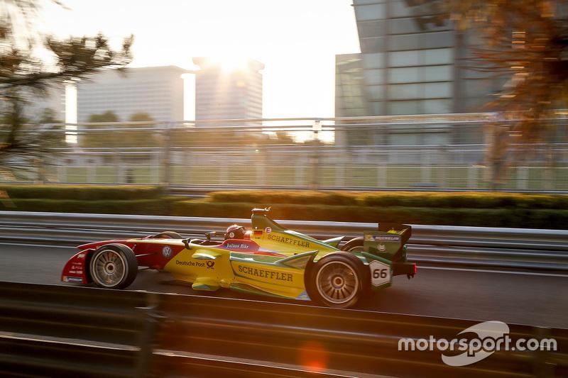 """Formule E - Daniel Abt, ABT Schaeffler Audi Sport (<a href=""""http://fr.motorsport.com/formula-e/photos/main-gallery/?r=53582"""">Galerie</a>)"""