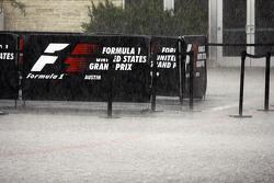 Hevige regen verpest de tweede vrije training
