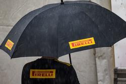 Pirelli, зонт