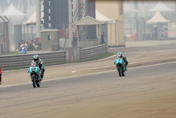 Danny Kent, Leopard Racing y Efren Vazquez, Leopard Racing