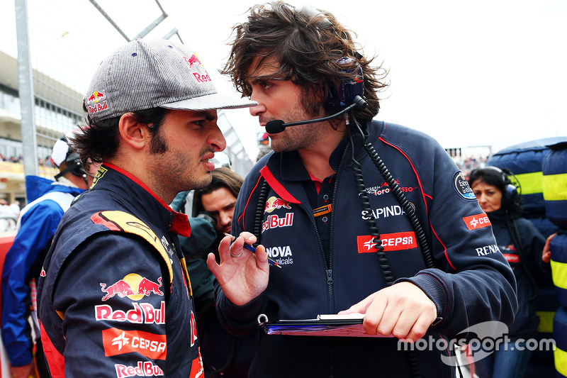 Карлос Сайнс мол., Scuderia Toro Rossoна стартовій решітці