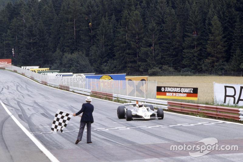 Alan Jones, Williams se lleva la victoria