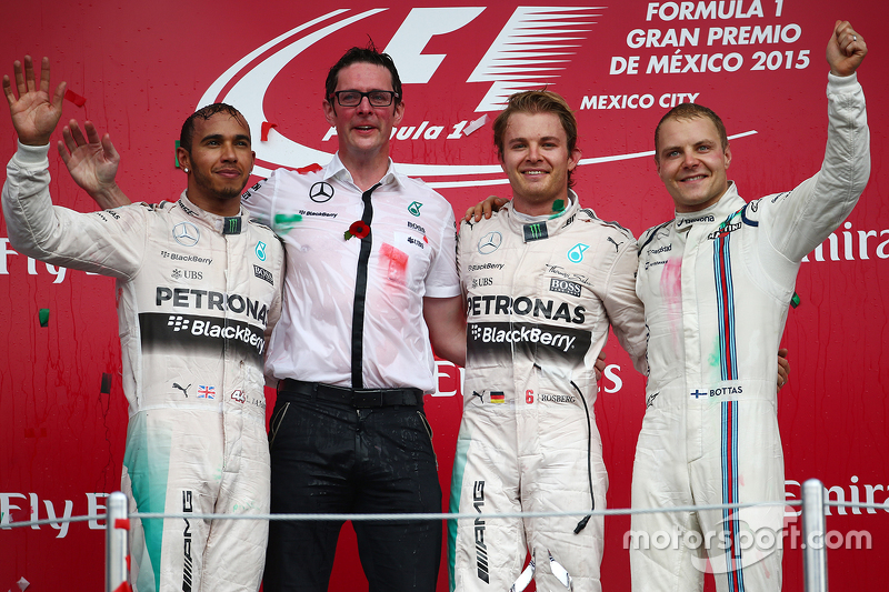 Podium: First place Nico Rosberg, Mercedes AMG F1 W06, Second place Lewis Hamilton, Mercedes AMG F1 W06 and third place Valtteri Bottas, Williams FW38