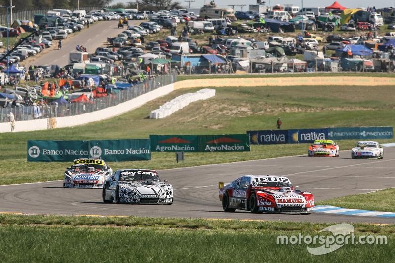 Педро Джентіле, JP Racing Chevrolet, Лаурено Кампанера, Donto Racing Chevrolet, Мартін Серрано, Coiro Dole Racing Dodge