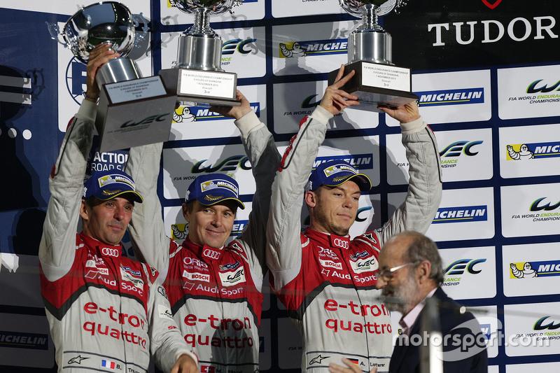 المركز الثالث السيارة رقم 7 فريق أودي سبورت جوست آر18 إي-ترون كواترو: مارسل فاسلر، أندريه لوتيرر، بي