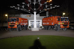Team de Rooy presentation party: GINAF X2223 rally truck and DAF FAZ CF85.625 service truck