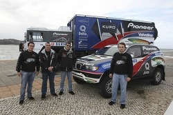 Ricardo Leal dos Santos with Sole Desert team members