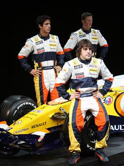 Fernando Alonso, Renault F1 Team, Lucas Di Grassi, Test Driver, Renault F1 Team, Romain Grosjean Test Driver
