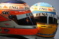 Helmets, Nelson A. Piquet, Renault F1 Team, Fernando Alonso, Renault F1 Team