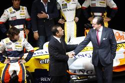 Flavio Briatore, Managing Director, Renault F1, Carlos Ghosn, Chairman of Renault, and Bernard Rey, Renault F1 Team President
