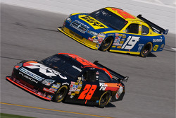 Travis Kvapil and Elliott Sadler