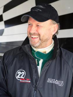 Tom Alexander 22GT Racing
