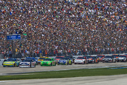 The green flag drops as Dale Earnhardt Jr. and Carl Edwards bring the field through the frontstretch