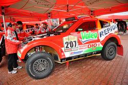 Team Repsol Mitsubishi Ralliart preparation