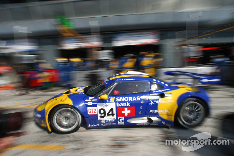 Pit stop for #94 Speedy Racing Team Spyker C8 Laviolette GT2R: Benjamin Leuenberger, Andrea Chiesa