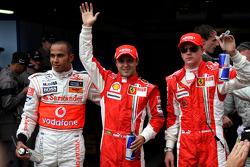 Lewis Hamilton, McLaren Mercedes with polesitter Felipe Massa, Scuderia Ferrari and Kimi Raikkonen, Scuderia Ferrari