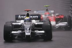 Nico Rosberg, Williams F1 Team, Timo Glock, Toyota F1 Team