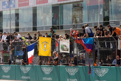 Teams show their colors as the race is about to end