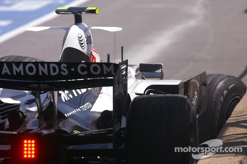Unfall: Kazuki Nakajima, Williams F1 Team