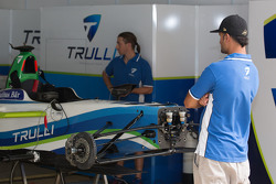 Sfeer in de Trulli-garage