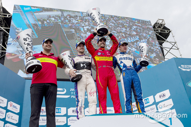 Podium: race winner Lucas di Grassi, ABT Schaeffler Audi Sport, second place Sam Bird, DS Virgin Racing Formula E Team, third place Robin Frijns, Amlin Andretti