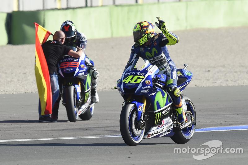 Valentino Rossi, Yamaha Factory Racing and winner and 2015 World Champion Jorge Lorenzo, Yamaha Factory Racing