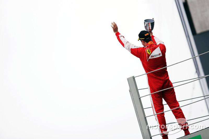 F1 - Sebastian Vettel, Ferrari fête sa troisième place sur le podium