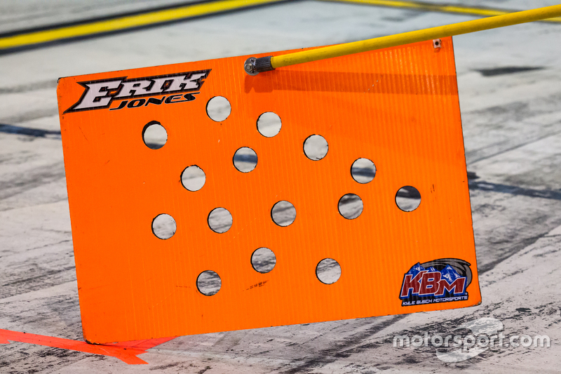 Pit board for Erik Jones, Kyle Busch Motorsports