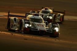 #8 Audi Sport Team Joest Audi R18 e-tron quattro: Лукас ди Грасси, Лоик Дюваль, Оливер Джарвис