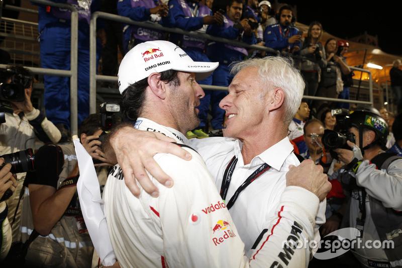 Mark Webber fête le titre 2015 avec Matthias Müller, PDG de Volkswagen AG