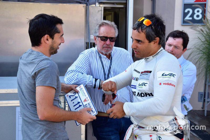 Juan Pablo Montoya with Neel Jani, Porsche Team