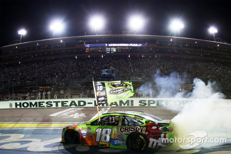2015: Kyle Busch - Joe Gibbs Racing - Toyota