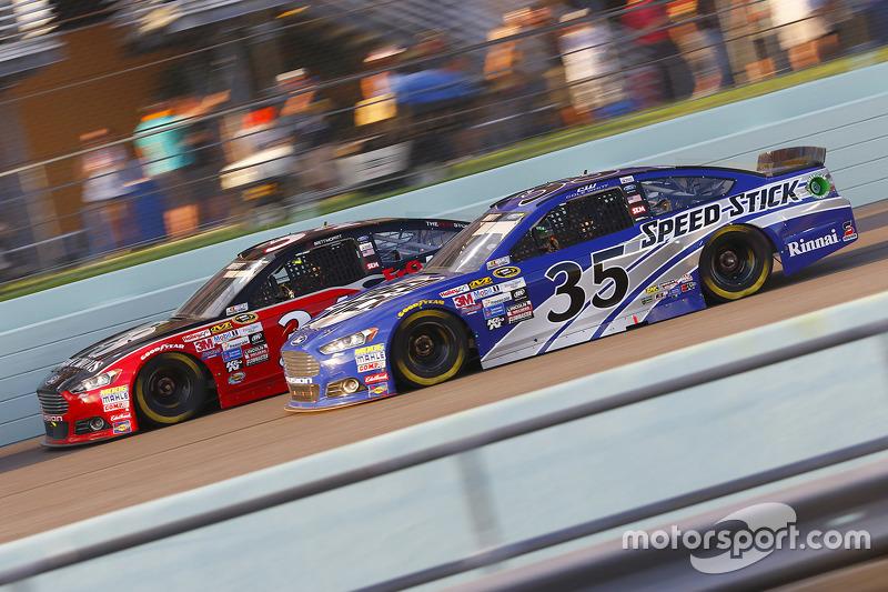 Brett Moffitt und Cole Whitt, Front Row Motorsports Ford