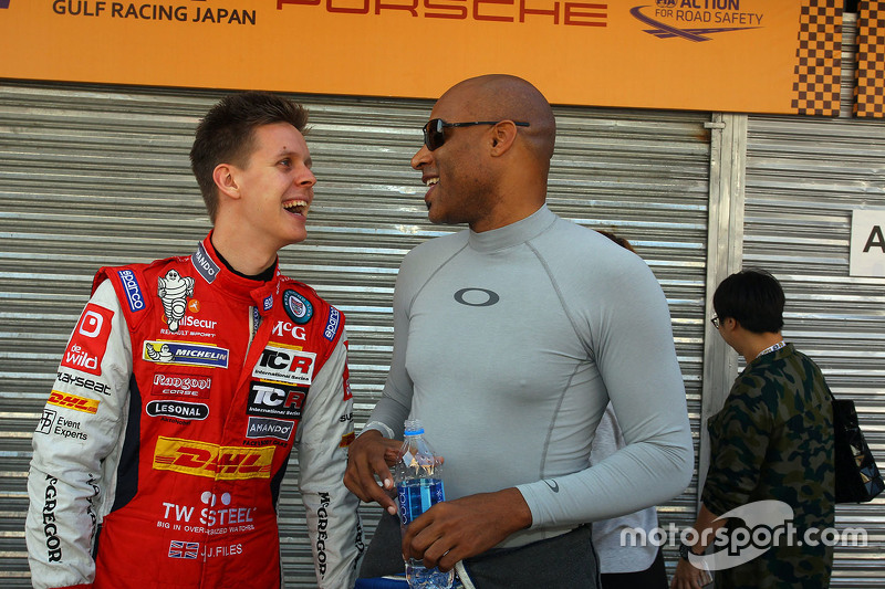 Robb Holland, SEAT Leon, Roadstar Racing Team; Josh Files, Opel Astra OPC, Campos Racing