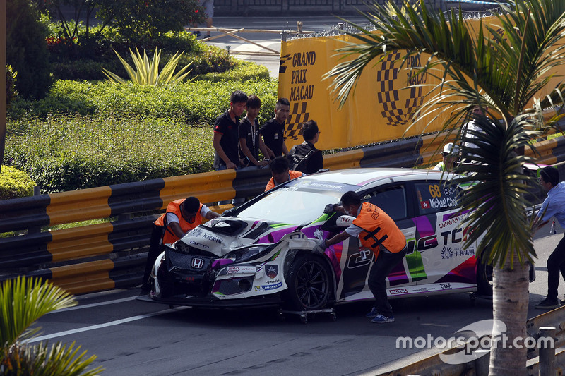 Accidente de Michael Choi, SEAT Leon, Prince Racing Hong Kong