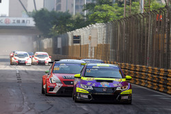 Роб Хафф, Honda Civic TCR, West Coast Racing и Хорди Жене, SEAT Leon, Team Craft-Bamboo Lukoil