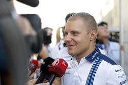Valtteri Bottas, Williams avec les médias