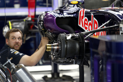 Red Bull Racing RB11 armando en los pits