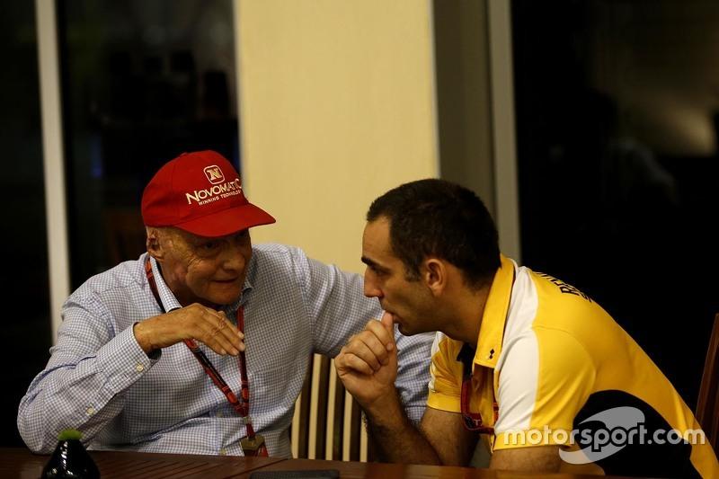 Niki Lauda, Mercedes, mit Cyril Abiteboul, Renault Sport F1