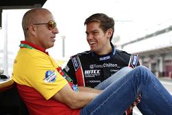 汤姆·克罗内尔,雪佛兰RML Cruze TC1,ROAL车队;汤姆·奇尔顿,雪佛兰RML Cruze TC1,ROAL车队