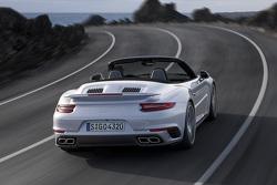 新保时捷 911 Turbo Cabriolet