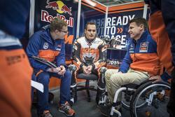 Sebastian Risse, Alex Hofmann und Pit Beirer, KTM, Leiter Motorsport