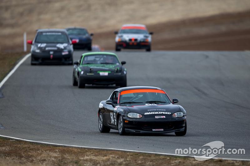 #64 Mazda Miata