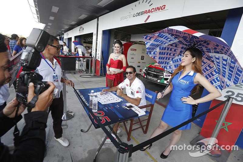 Mehdi Bennani, Sébastien Loeb Racing ile grid kızları