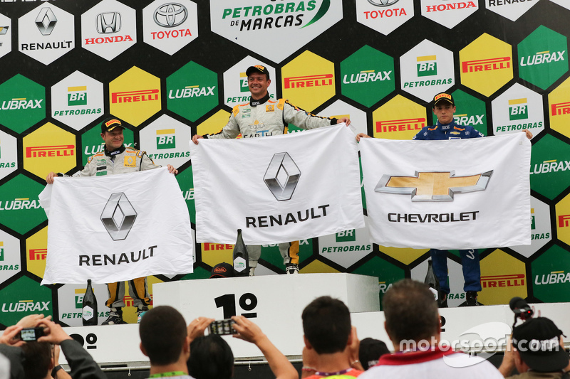 Rubens Barrichello, Fábio Carbone e Guilherme Salas