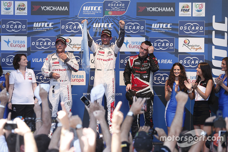 Podium: race winner Jose Maria Lopez, Citroën World Touring Car team, second place Sébastien Loeb, Citroën World Touring Car team, third place Norbert Michelisz, Zengo Motorsport